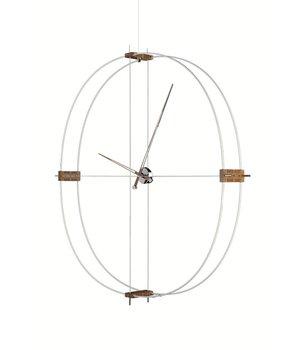 Nomon grote klok Delmori met een diameter van 140 cm