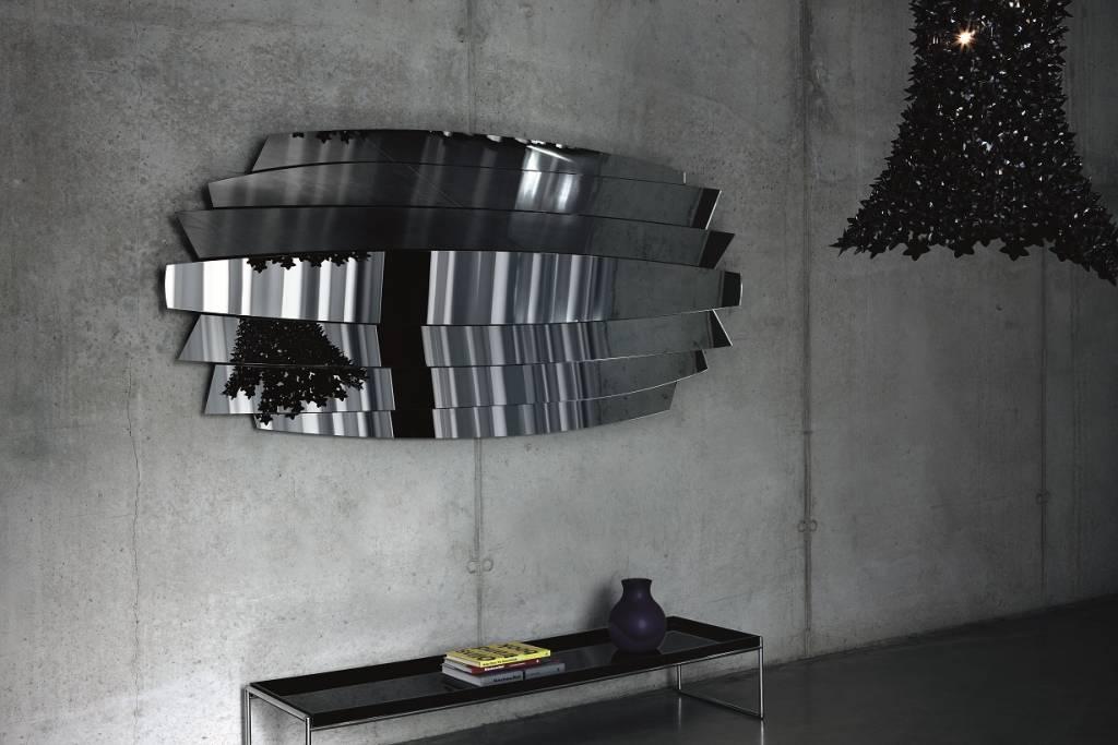 Deknudt design mirrors 39 tutti xl 39 wilhelmina designs for Design spiegels woonkamer