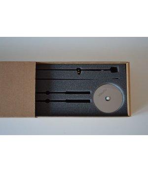 Nomon Sunset houten klok heeft een diameter 50 cm, handgemaakt in Spanje