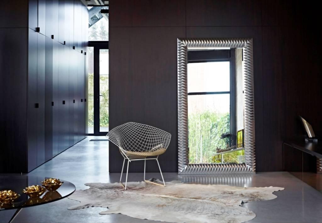 Grote spiegel zwarte lijst milano moderne spiegel met for Spiegel met zwarte lijst