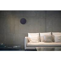 """Moderne Wanduhr """"Carved II"""" ist verfügbar in Weiss und Schwarz"""