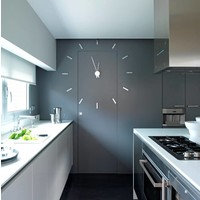 Large wall clock 'Tacón' 73cm