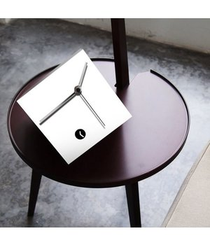 """Tothora Tischuhr """"Box 15"""""""