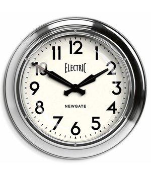 "Newgate Große Wanduhr ""The Giant Electric"" in Chrom-Ausführung."