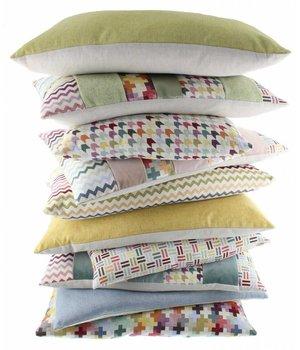 De Kussenfabriek Cushion Kim in color Multicolor Light Rose