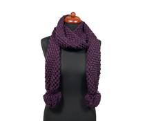 Gebreide sjaal met pompons