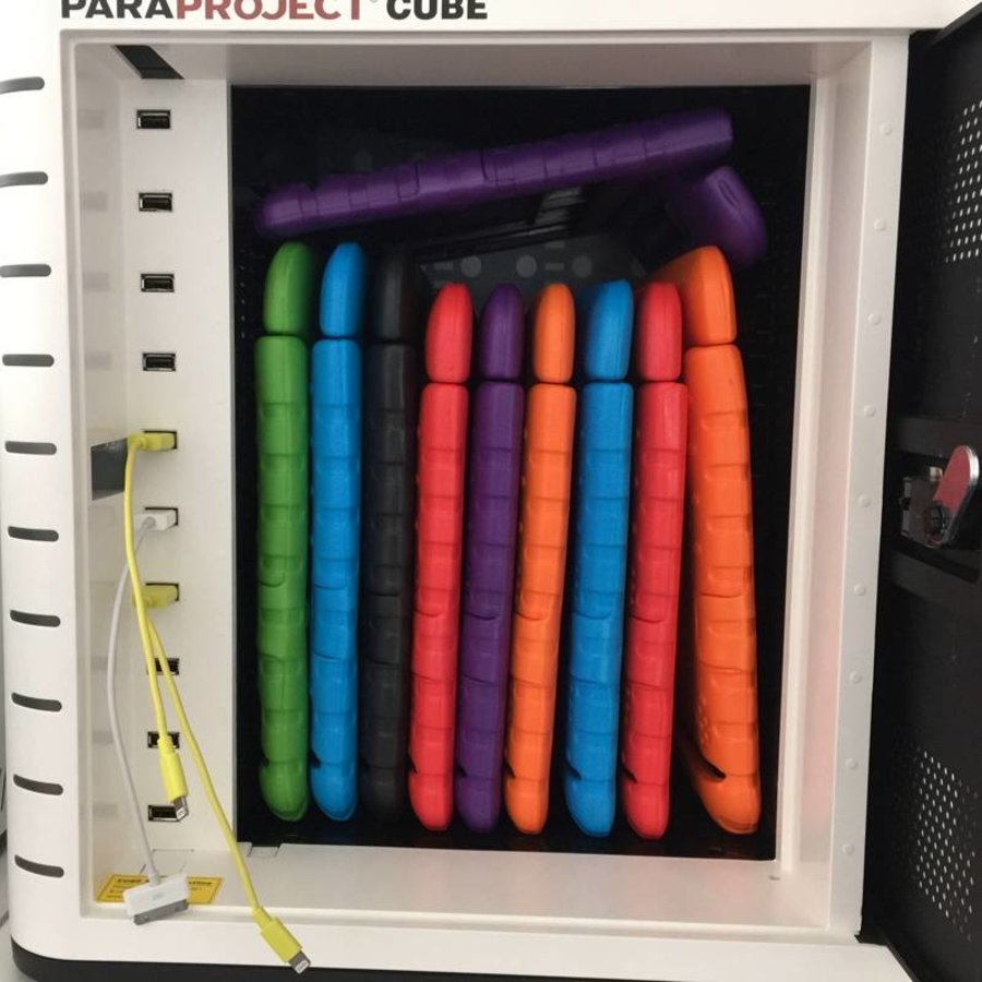 U-10, Cube voor 10 iPads en tablets met cijferslot, werkbladbracket, uitneembare laden