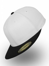 Flexfit by Yupoong Flexfit 210 Fitted White Black