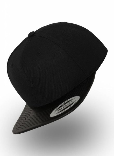 Yupoong Flexfit Snapback Black Leather
