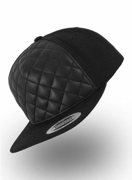 Yupoong Flexfit Diamond Quilted Snapback