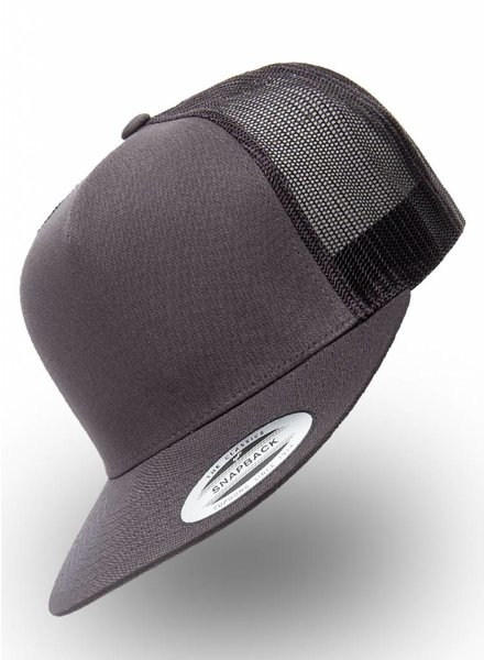 Yupoong Flexfit Truckers Charcoal