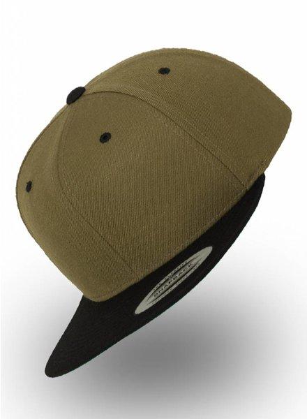 67ef3d056b6 https   www.123-borduren.nl en yupoong-flexfit-snapback-olive-black -  Personalised headwear