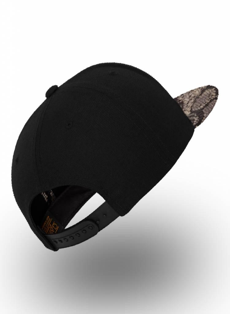 Yupoong Flexfit Snapback Black Cobra