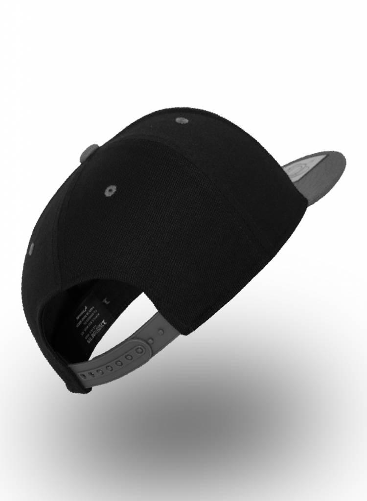 Yupoong Flexfit Snapback 110F Zwart/D.Grijs