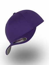 Flexfit by Yupoong Baseball Cap Fitted Purple