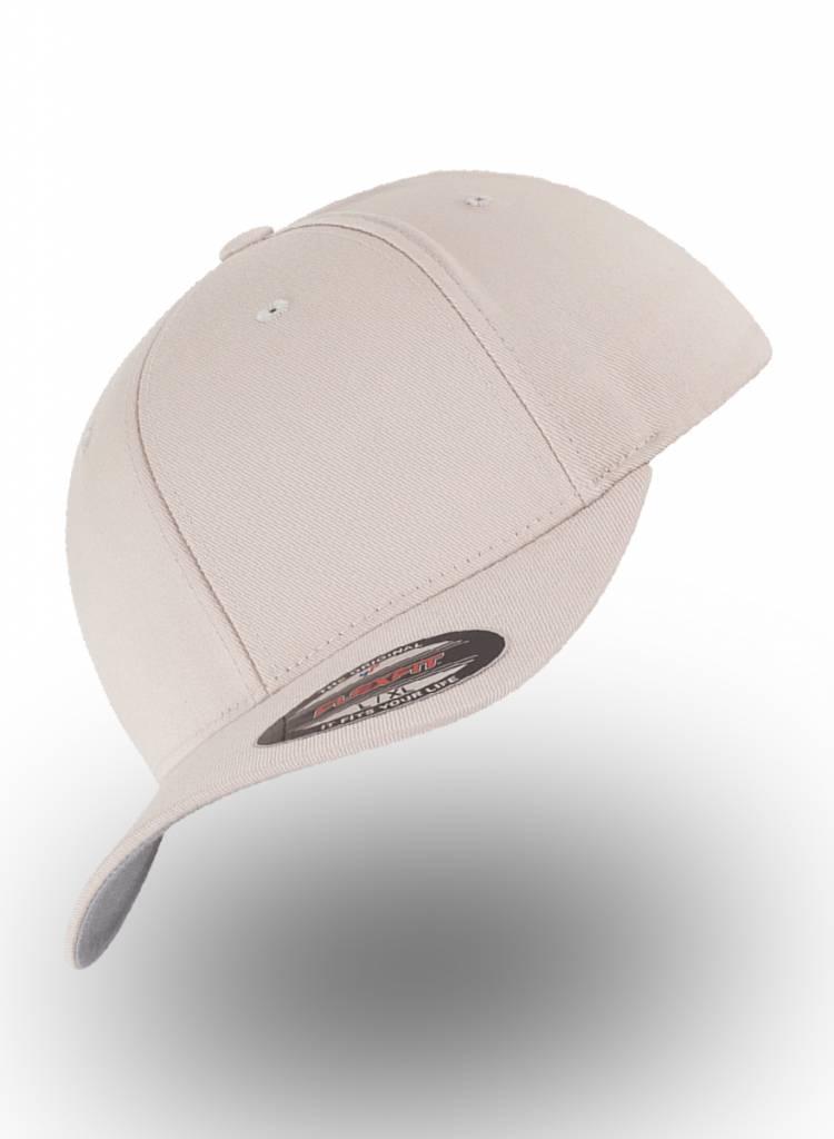 Yupoong Baseball cap met een dichte achterzijde Stone