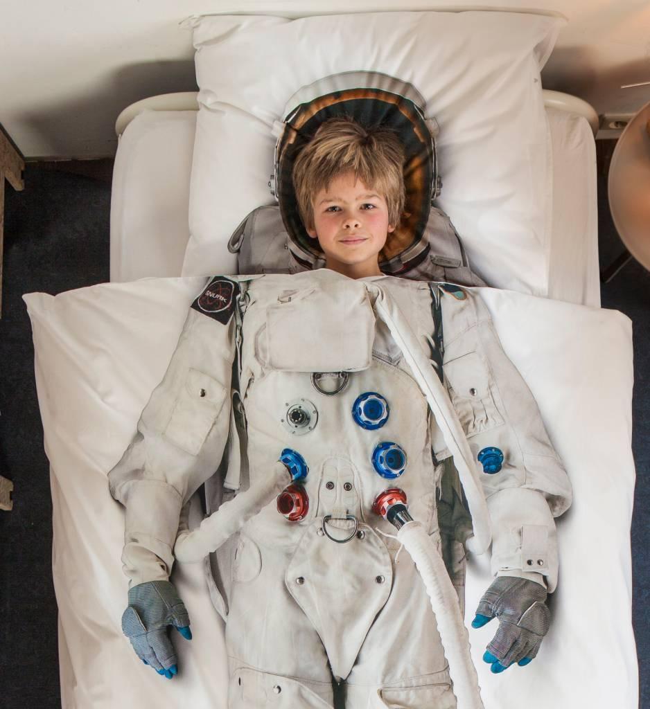 snurk astronauta lenzuola in cotone bianco 140x220cm. Black Bedroom Furniture Sets. Home Design Ideas