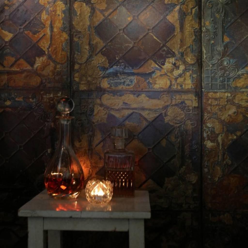 merci wallpaper brooklyn tins metal gold tin08
