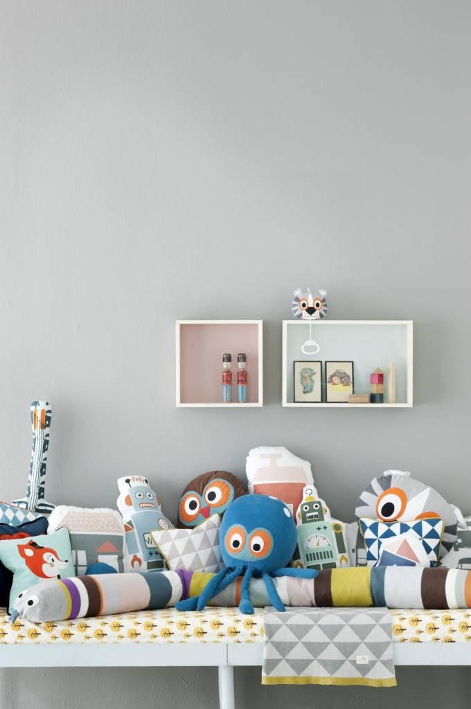 ferm living kissen schlange aus baumwolle multicolor. Black Bedroom Furniture Sets. Home Design Ideas