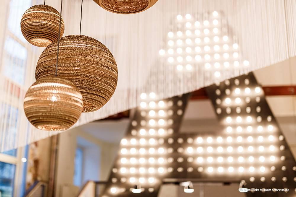graypants h ngende lampe moon 10 pap brun 26x22cm. Black Bedroom Furniture Sets. Home Design Ideas