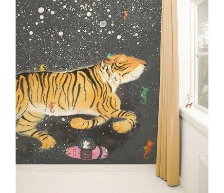 Kek Amsterdam Tapete Smiling Tiger Mehrfarbig Papiervlies 389,6x280cm