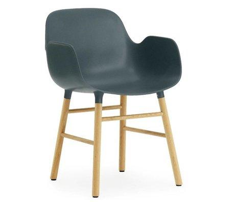 Normann Copenhagen forma sillón de plástico azul 79,8x56x52cm roble
