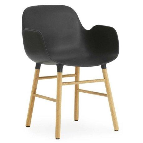 Normann Copenhagen Stuhl mit Armlehne Form in schwarz Eichenholz und Kunststoff 79,8x56x52cm