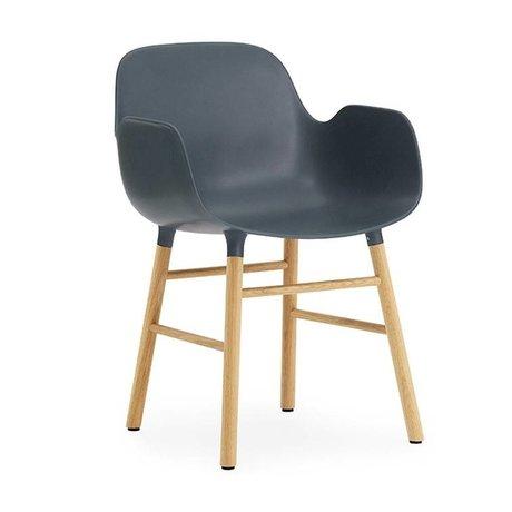 Normann Copenhagen Lænestol form 56x52x80cm blå brun plast tømmer