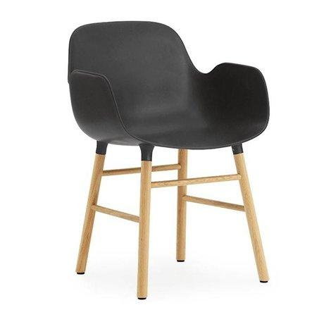 Normann Copenhagen Poltrona nera forma plastica marrone legno 56x52x80cm