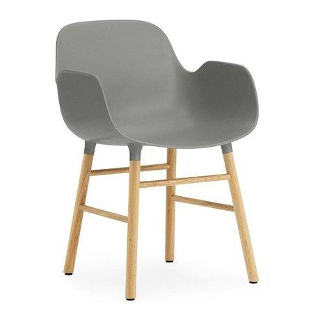 Normann Copenhagen forma sillón gris-marrón 56x52x80cm madera plástica