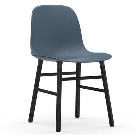 Normann Copenhagen forme de chaise de bois plastique noir bleu 48x52x80cm