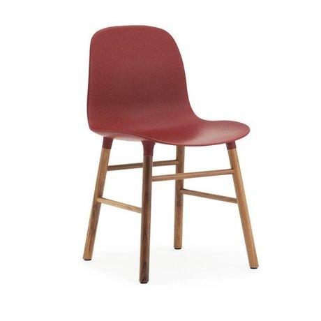 Normann Copenhagen forme de chaise bois plastique rouge brun 48x52x80cm