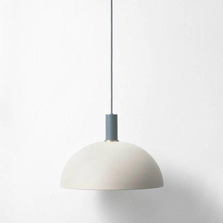 Ferm Living Hængende lampe Dome lav lysegrå mørkeblå metallic