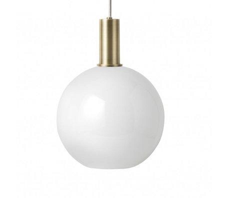 Ferm Living Hængelampe Opal Sphere Lav hvid glas messing farvet guldmetal