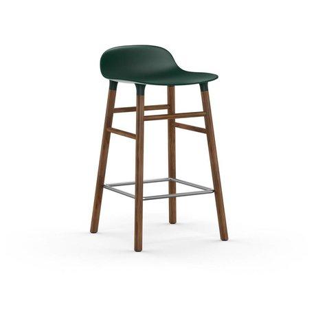Normann Copenhagen Barstool formu yeşil kahverengi plastik kereste 43x42,5x77cm