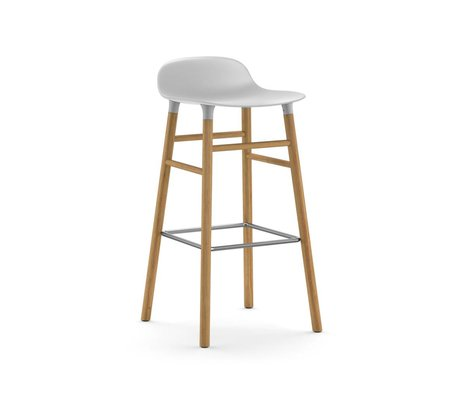 Normann Copenhagen Barhocker Form weiß Kunststoff Eichenholz 87x40,8x42,2cm
