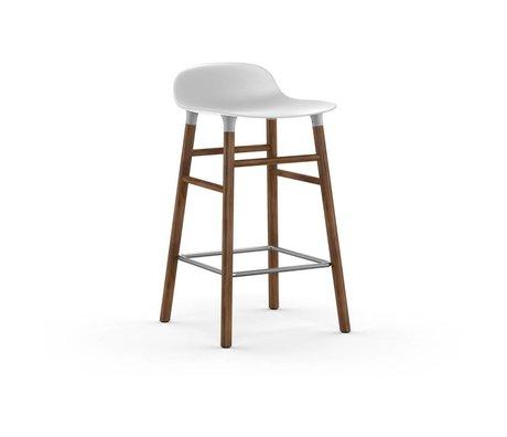 Normann Copenhagen Sgabello forma plastica bianca noce 77x40,8x42,2cm