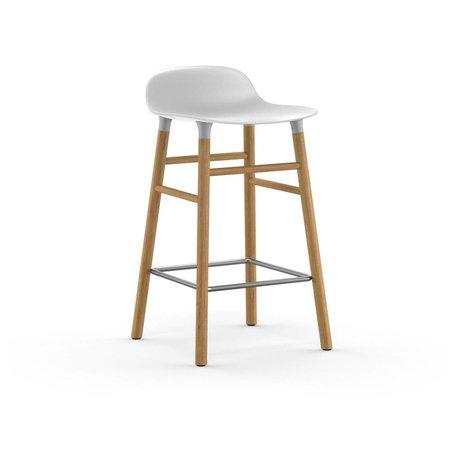 Normann Copenhagen forme Barstool plastique blanc 77x40,8x42,2cm en bois de chêne