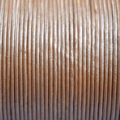 Goud Leer rond licht goud metallic 1mm - per meter
