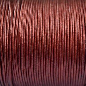Rood Leer rond bordeaux rood parelmoer 1mm - per meter