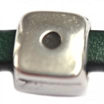 Zilver Leerschuiver Ø6x2mm vierkant metaal zilver DQ 10mm