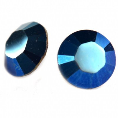 Blauw Swarovski puntsteen SS39 Crystal Metallic Blue