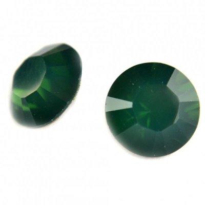Groen Swarovski puntsteen SS39 Palace Green Opal