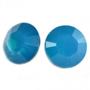 Blauw Swarovski puntsteen SS29 Caribbean Blue Opal