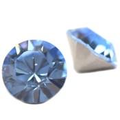 Blauw Swarovski puntsteen SS29 Light Sapphire