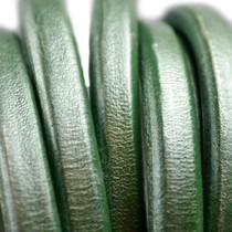Groen Ovaal leer 10x6mm groen metallic - per cm