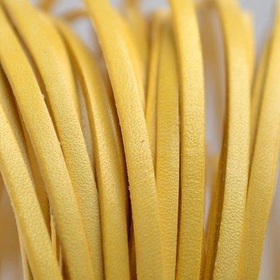 Geel Plat leer 3mm geel - per 10cm