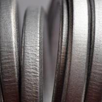 Grijs Ovaal leer 10x6mm grijs metallic - per cm