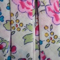Multicolor Lint wit bloemen 10mm - 10cm