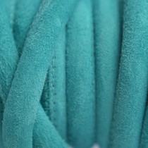 Turquoise Stitched leer PQ suede turquoise 6mm - per cm
